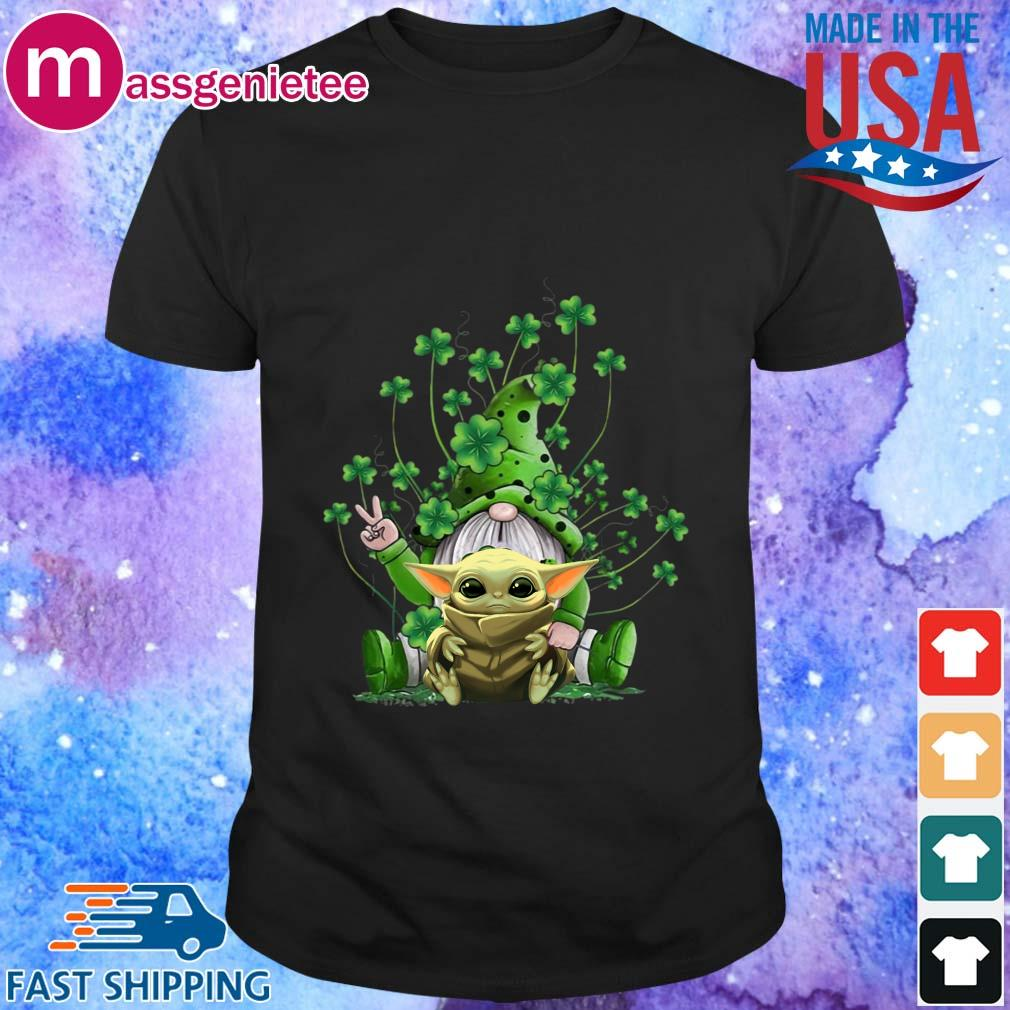 Gnome Hug Baby Yoda St. Patrick's Day Shirt